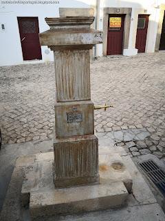 FOUNTAIN / Fonte da Rua da Corredoura São Roque, Castelo de Vide, Portugal