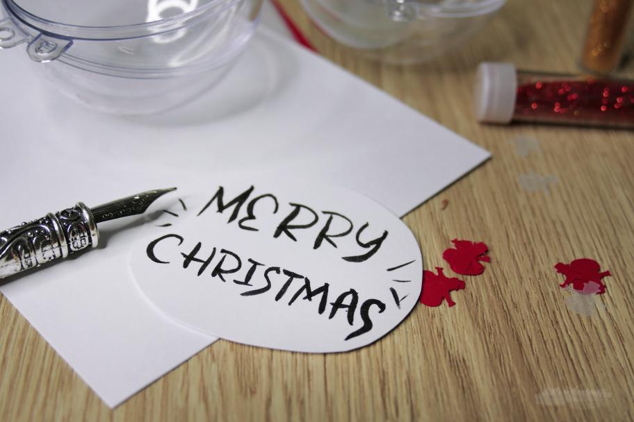 Einzigartige Christbaumkugel Merry Christmas