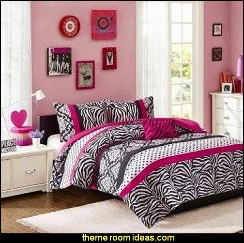 Maries Manor: Zebra Print Bedroom Decorating Ideas