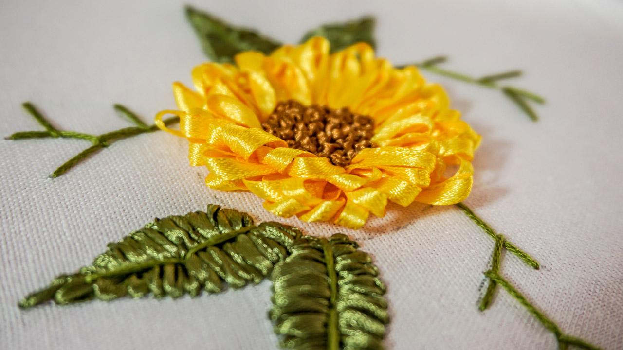 Handiworks embroidery designs diy ribbon flower