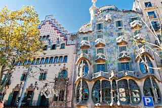 Objek Wisata Unik Di Spanyol