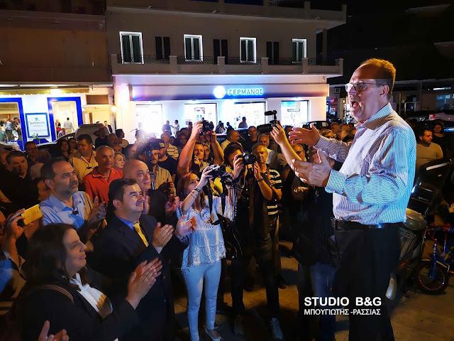Ενθουσιώδης υποδοχή του Παναγιώτη Νίκα στο Ναύπλιο (βίντεο)