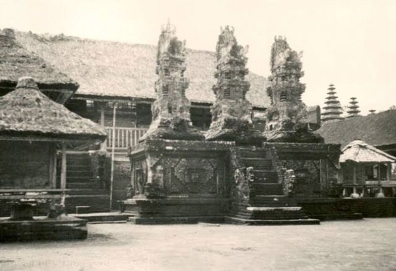 Pura Di Bali Jaman Dulu via indotravelteam.com