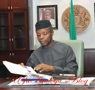 Osinbajo Receives 2017 Budget From National Assembly