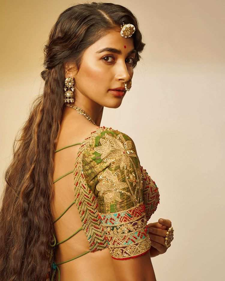 Pooja Hegde is most beautiful and talented actress of Bollywood.