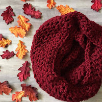 Quick and easy chunky infinity scarf free crochet pattern