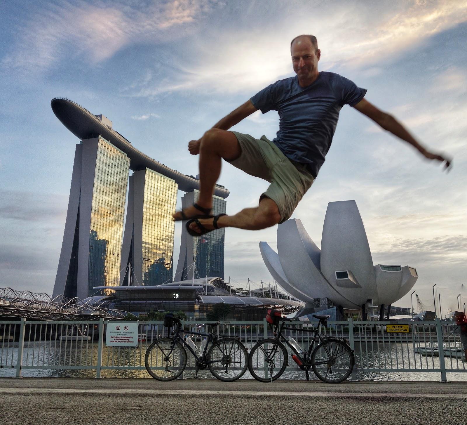AQUÍ TAN A GUSTITO: Singapur, the fine city