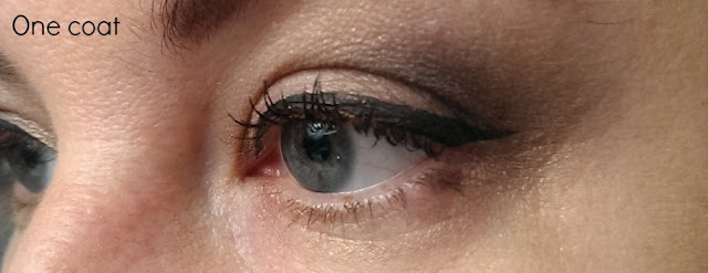 One coat of rimmel retro glam mascara