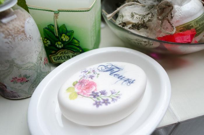 decoupage na mydle- prezent DIY