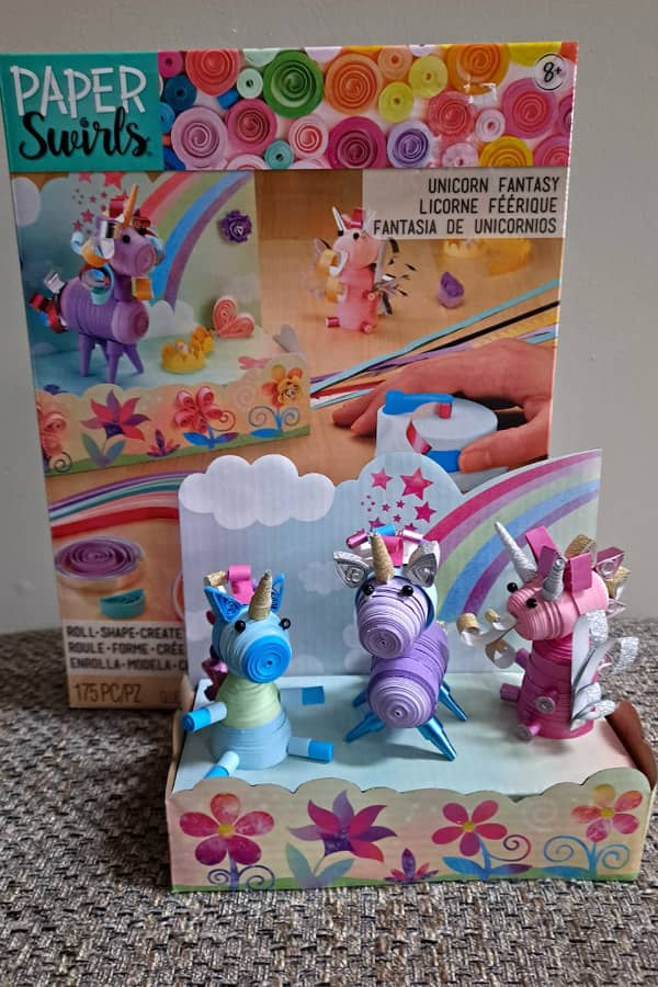 3D unicorns and dragon quilling kit