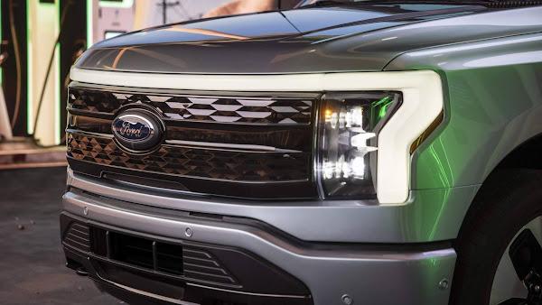 Ford F-150 Lightning elétrica é apresentada nos EUA - fotos, preços e detalhes