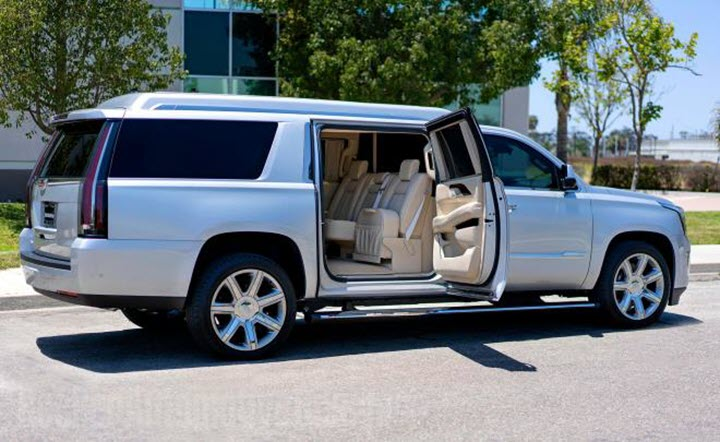 Cadillac Escalade ESV của tiền vệ huyền thoại Tom Brady.