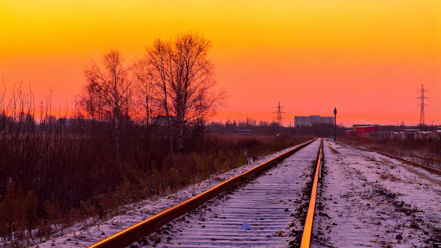 Sunset Railroad Tracks Wallpaper