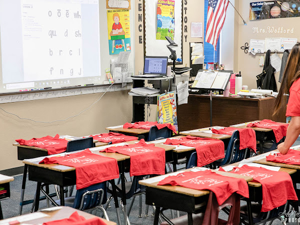 Six Easy Ways To Support Your Child's Classroom ~ #CustomInk