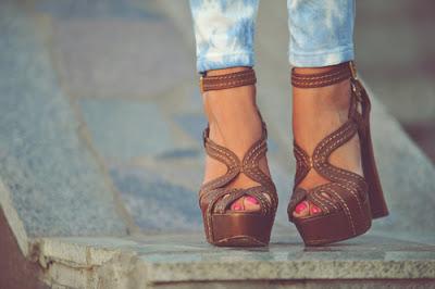 zapatos casuales de mujer para usar con jeans