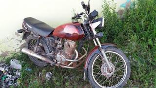 Polícia recupera motocicleta roubada