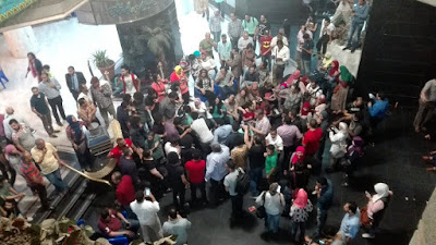 Sit-in in Syndicate