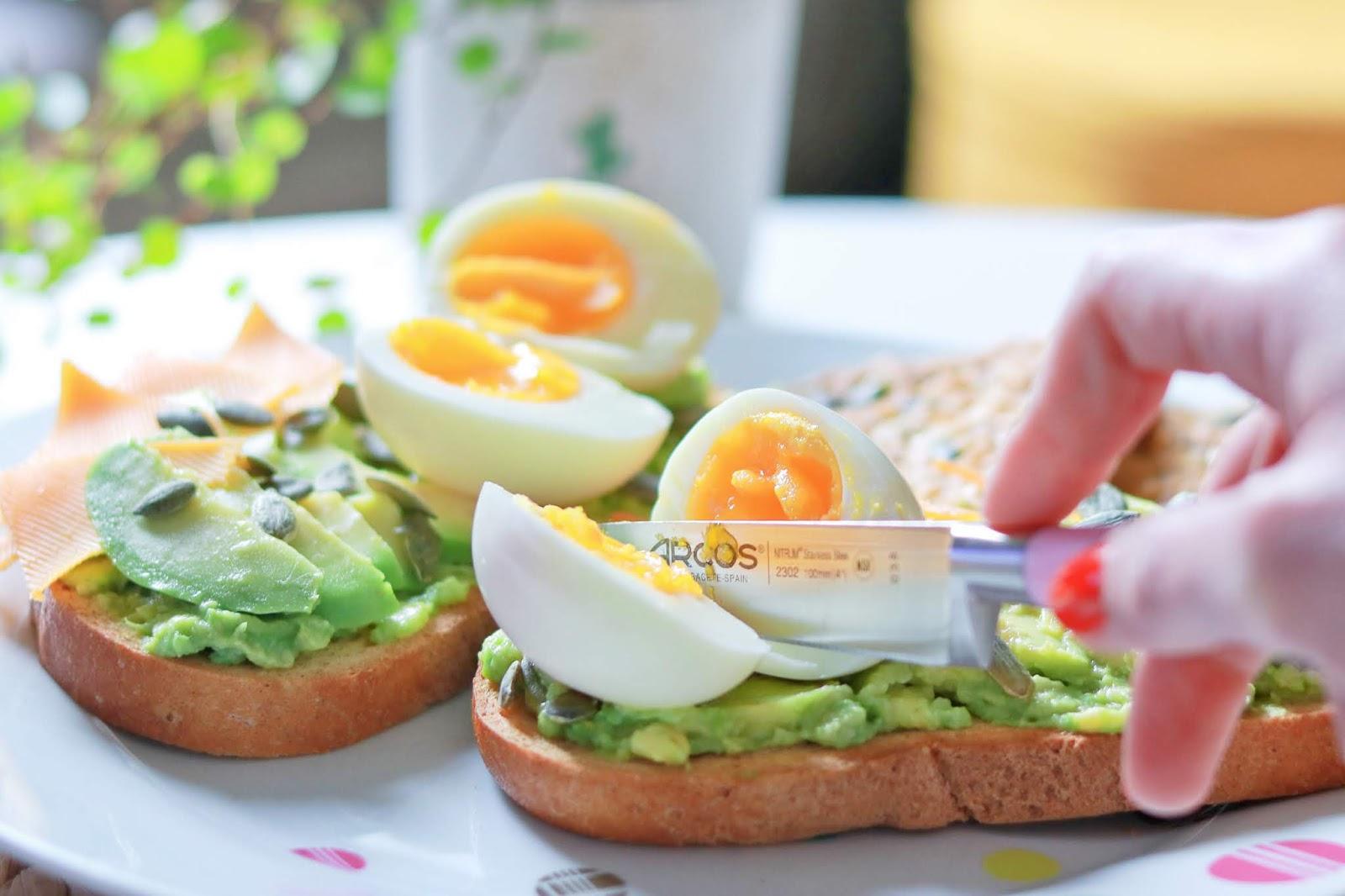 avocado toast avocat recette facile simple rapide brunch oeuf gretel box abonnement avis arcos les gommettes de melo ingrédients sans gluten