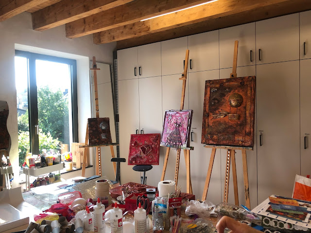 Steampunk up-cycled workshop with Stanislava Boudová - Day 1