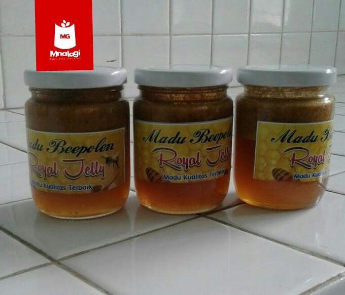 Madu sebagai obat dan penambah stamina   Madu royal jelly dijual dengan harga 150.000/botol