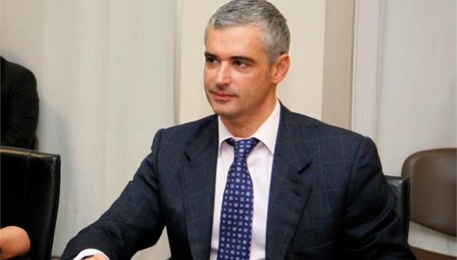 Αρης Σπηλιωτόπουλος: «Μπαίνουμε σε μια καρέκλα και ξεχνάμε να φύγουμε»