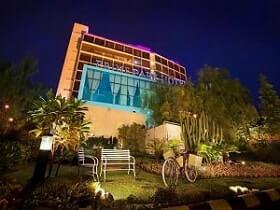 Hotel Bintang 4 di dekat Gedung Sate Bandung