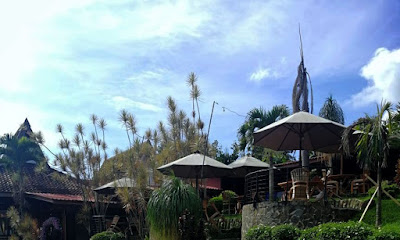 https://www.nikehana.com/2020/11/seulawah-resort-and-cafe-penginapan.html
