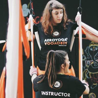 formación yoga aéreo online, coronavirus, quedate en casa, formación yoga online, clases yoga online, en line, a yoga, pilates, clases pilates en línea, deporte, tendencias, aeroyoga, aeropilates, aerofitness