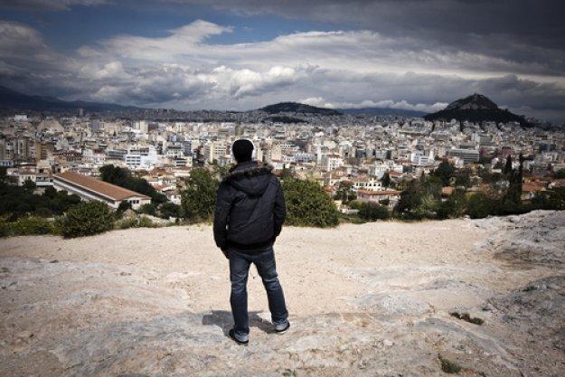 Έρευνα: Μόλις 1 στους 10 Έλληνες είναι ικανοποιημένοι από την κυβέρνηση