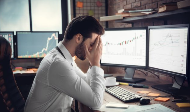 Trader trading forex InteractiveBrokers