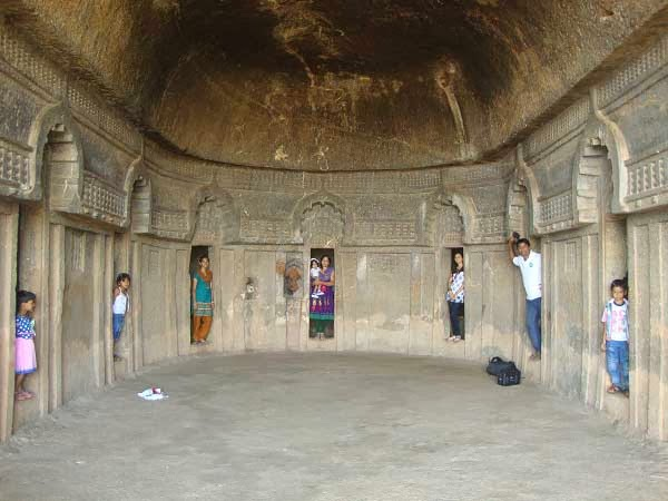 pune mumbai india caves