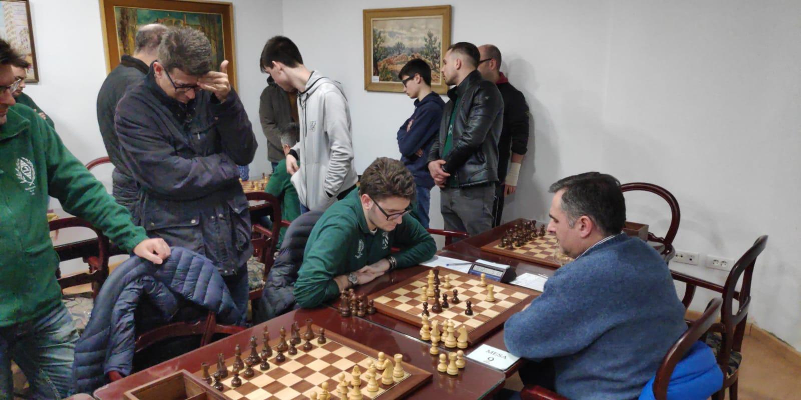 1ª AUT. El Círculo Mercantil cierra tras cien años de historia. El club de ajedrez estrena nuevo local (Crónica por JM Pérez)