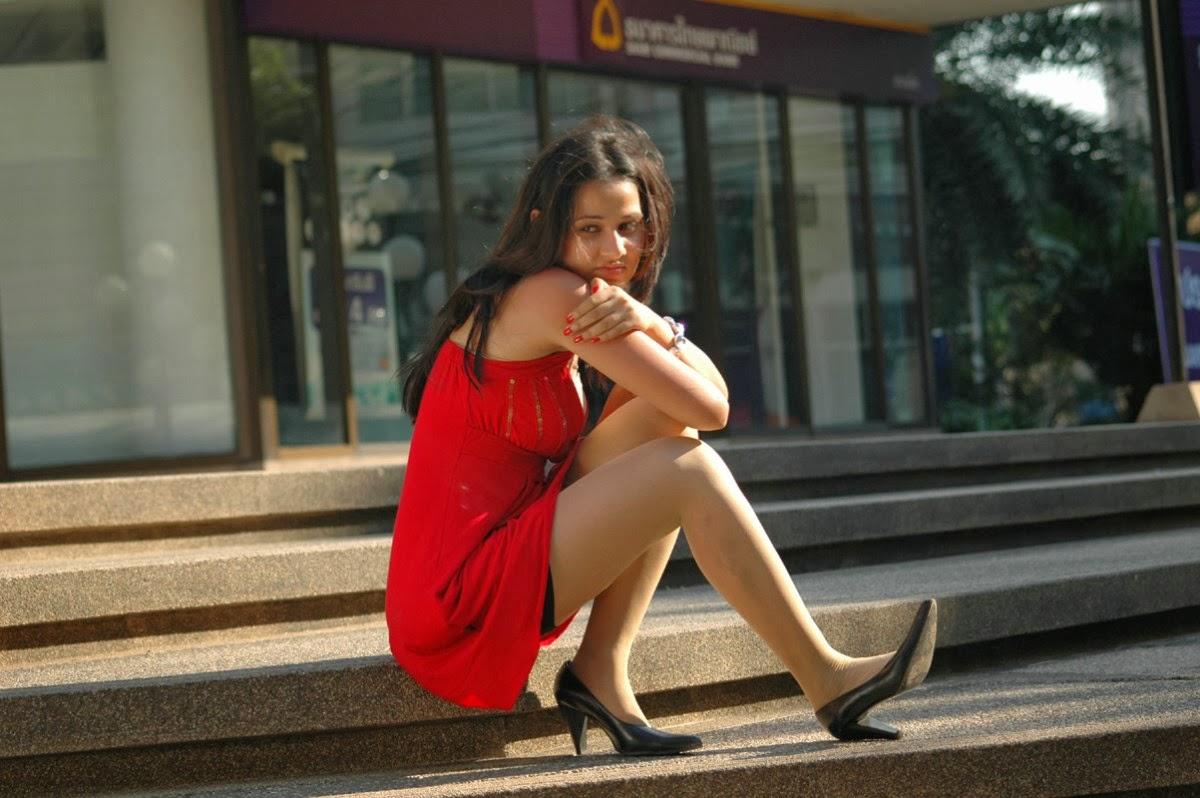 Gorgeous Nisha kothari hot photos in red short dress