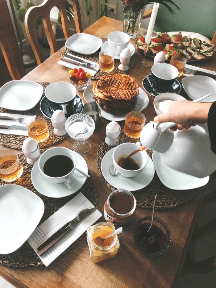 frukost hemma våfflor
