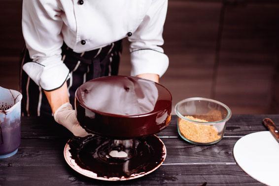 Cómo hacer GLASEADO ESPEJO para cubrir pasteles
