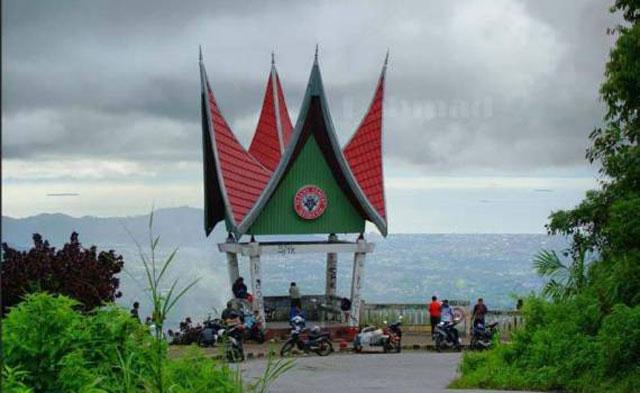 Panorama Sitinjau Lauik