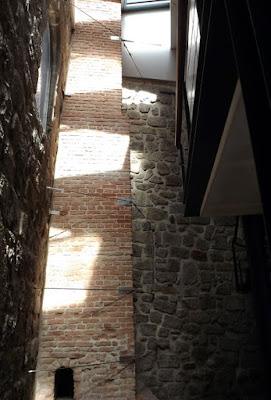 forno e chaminé de tijolos