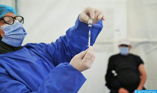 كوفيد-19.. إحداث الجواز التلقيحي للأشخاص الذين تلقوا جرعتين من اللقاح (حكومة)