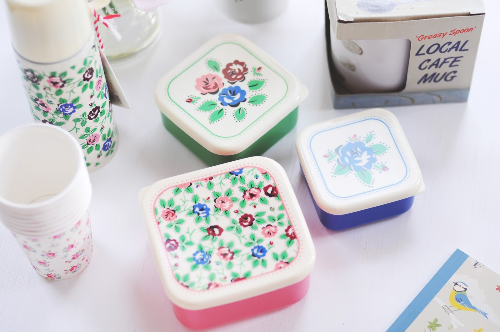 floral picnic containers