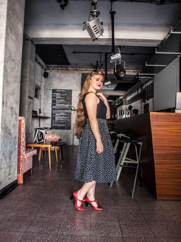d45df4b226 Sukienka w groszki w stylu lat 50 - Endless Retro