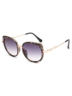 http://www.rosegal.com/sunglasses/metal-full-rims-floral-cat-944151.html?lkid=130260
