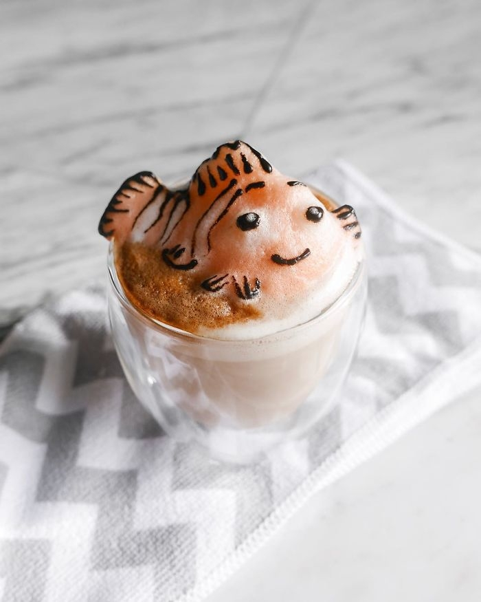 09-Little-Fish-Nemo-Daphne-Tan-3D-Coffee-Latte-Creature-Designs-www-designstack-co