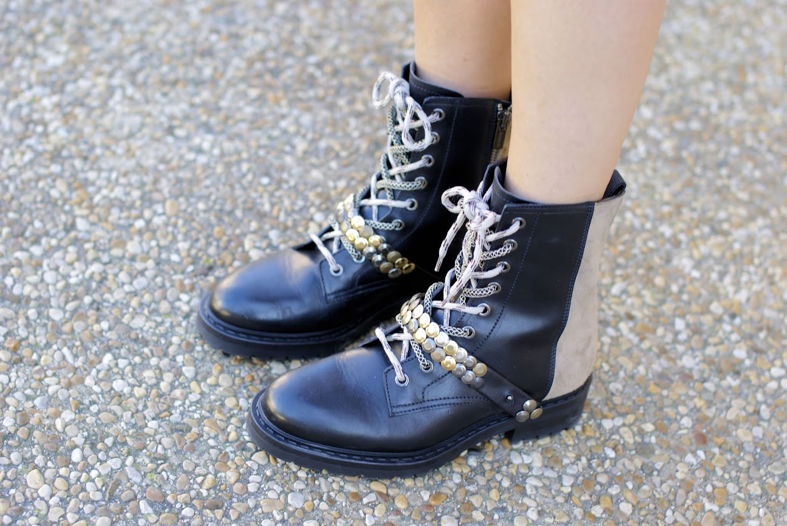 Barracuda boots on Fashion and Cookies fashion blog, fashion blogger style
