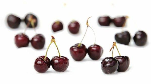 Obat Asam Urat dari Buah Cherry