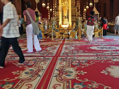 L'intérieur de la Salle du Trône du Palais Royal à Phnom Penh