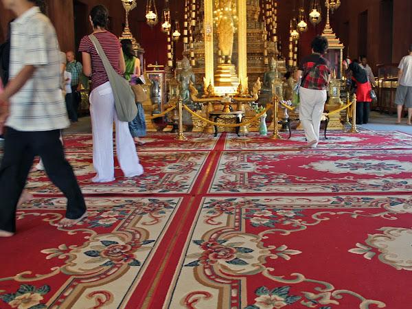 Interior de la Sala del Trono del Palacio Real de Phnom Penh