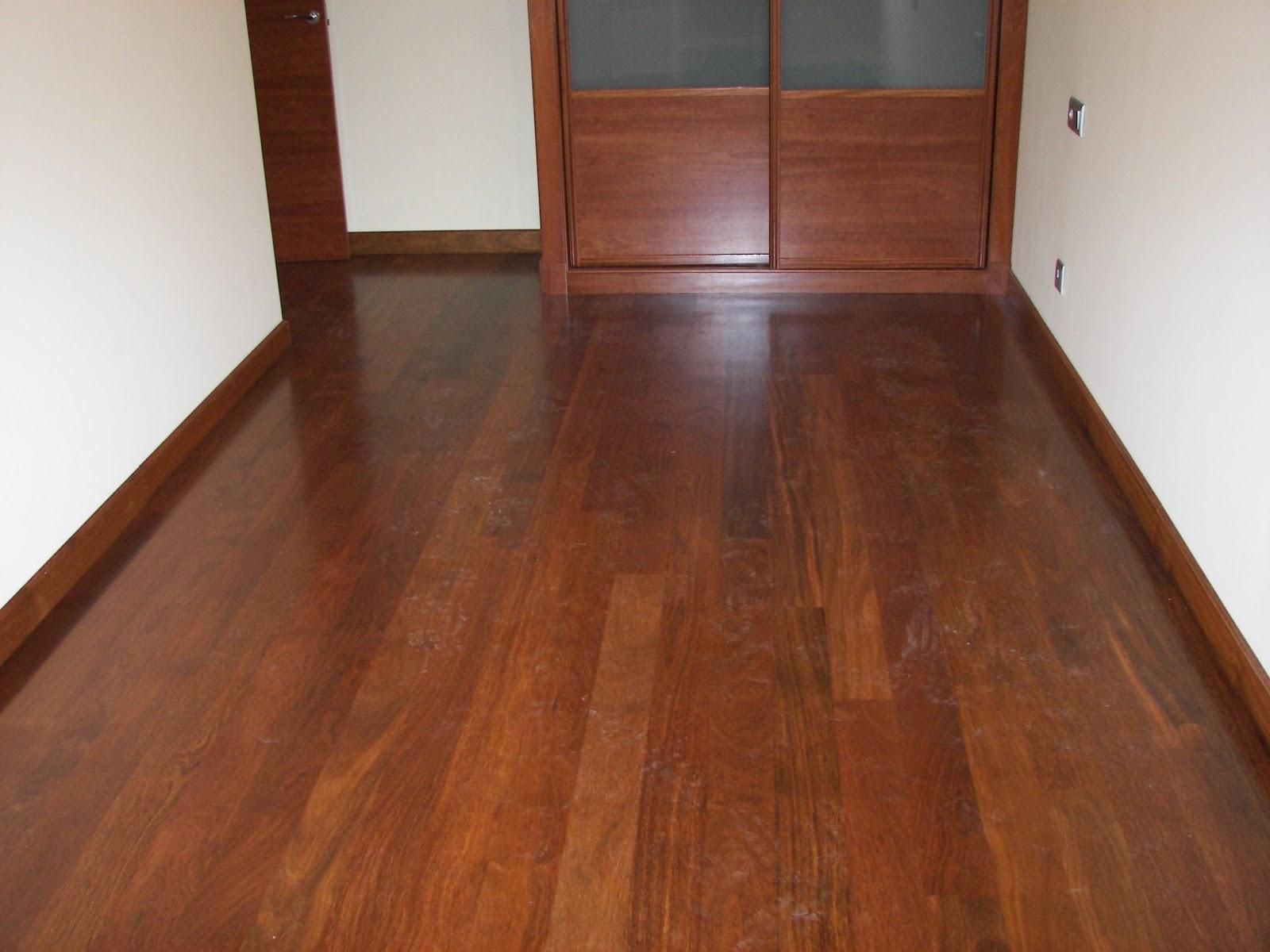 Trucos para mantener tu parquet de madera for Tipos suelos de madera