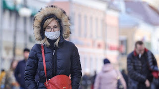 منظمة الصحة العالمية : لا دليل يثبت انتقال فيروس كورونا المستجد عبر الهواء
