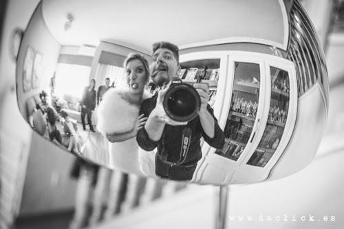 Fotografo de Bodas Alicante Javier Asenjo  junto a una novia