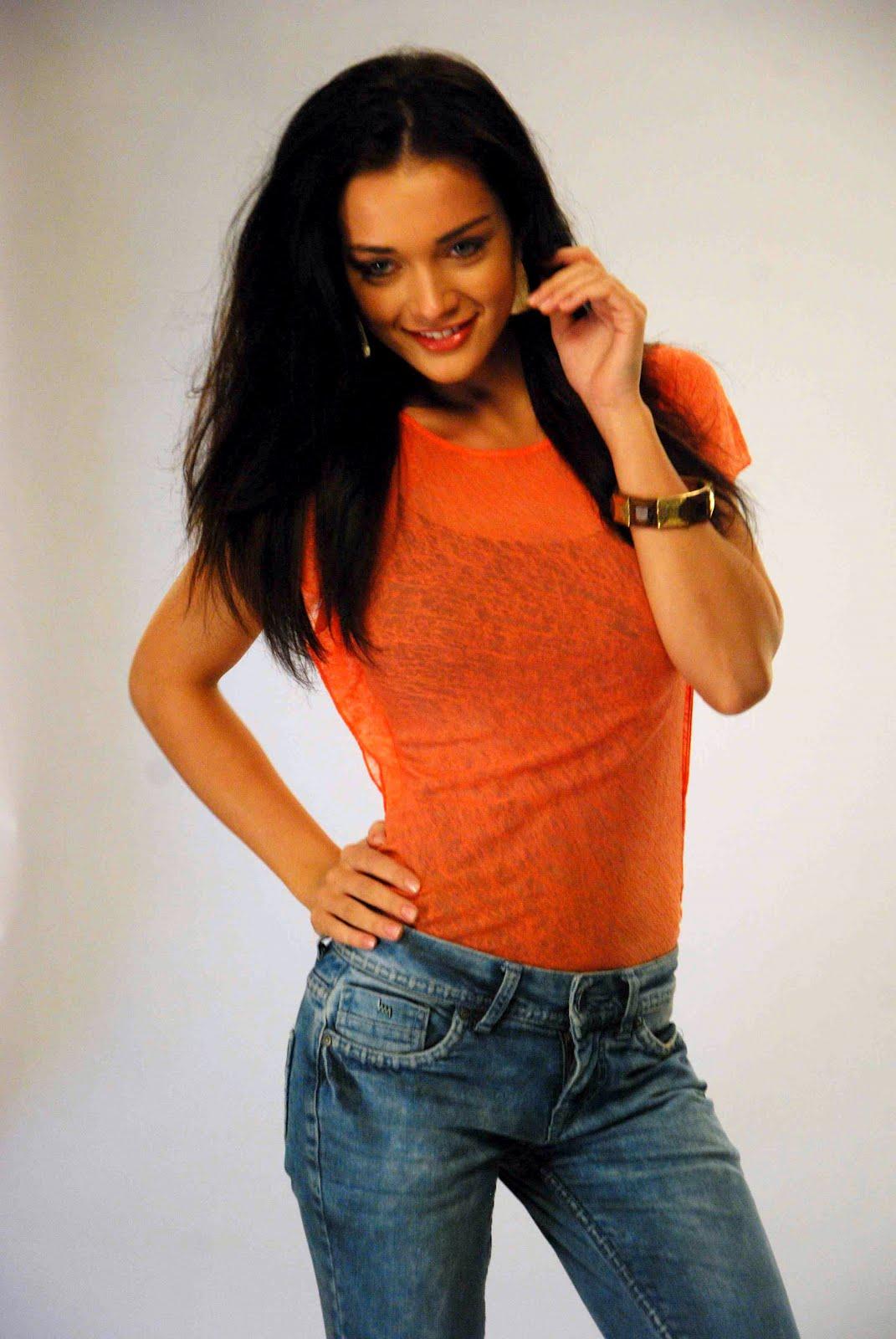Sunny Leone Very Hot Sex Video